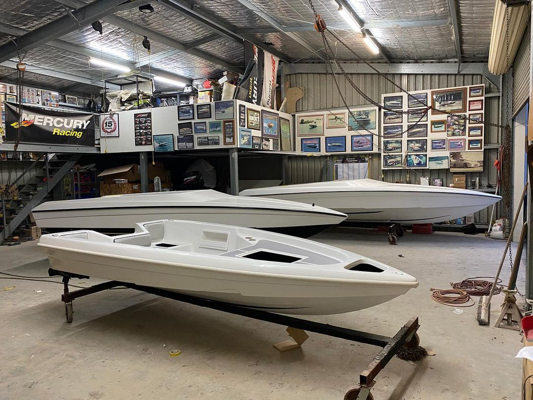 Workshop Update – 3 White Force's hit the Fitout stage!