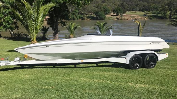 Force Social Ski Boat F19x
